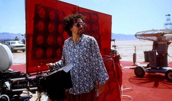 Тим Бёртон на съемках фильма «Марс атакует!»