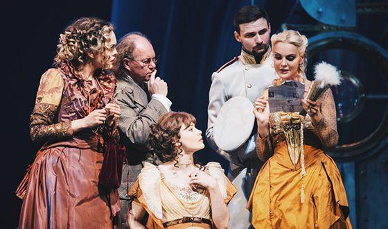 Екатерина Мельник на сцене театра