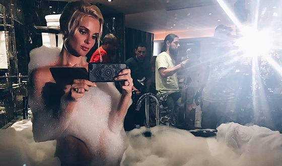 Екатерина Мельник на съемках сериала «Город влюбленных»