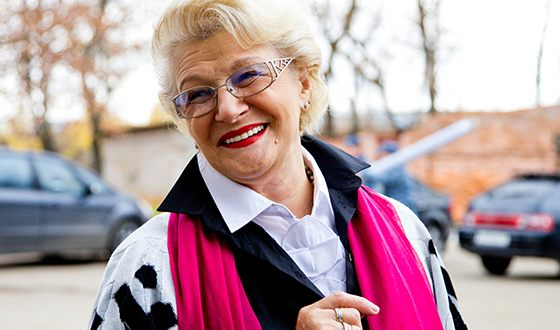 Режиссёрским дебютом Светланы была картина «Зинка»
