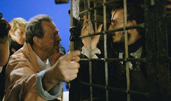 Терри Гиллиам на съемках фильма «Братья Гримм»