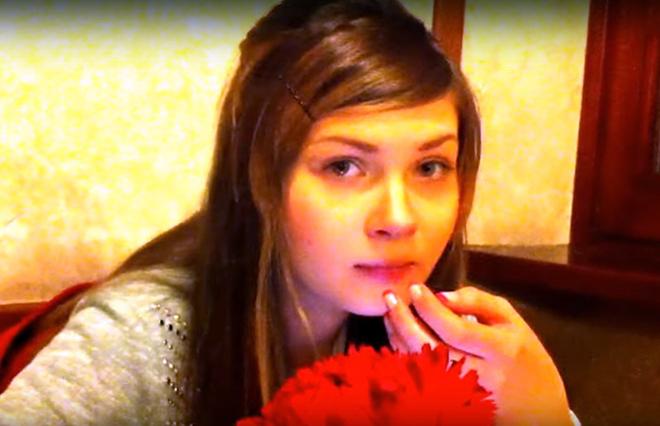 Стримерша Карина без макияжа