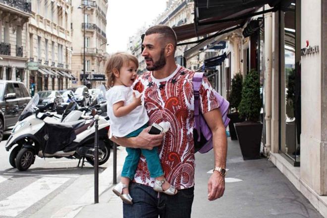 Карим Бензема с ребенком
