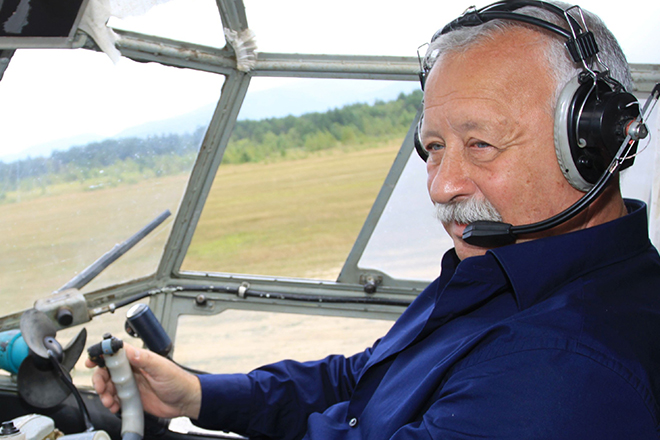 Леонид Якубович - опытный пилот