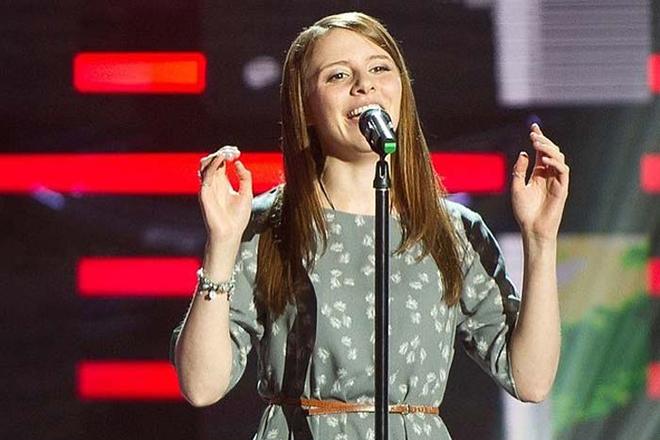 Лора Горбунова на сцене