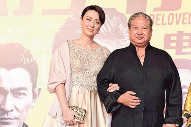 Саммо Хунг и его жена Джойс Годензи
