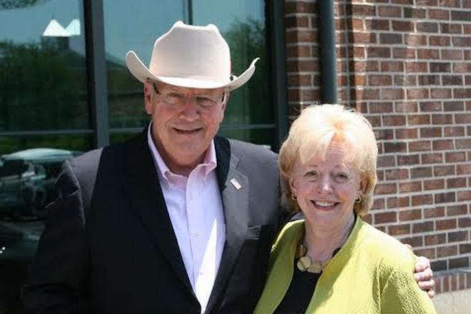 Дик Чейни и его жена Линна