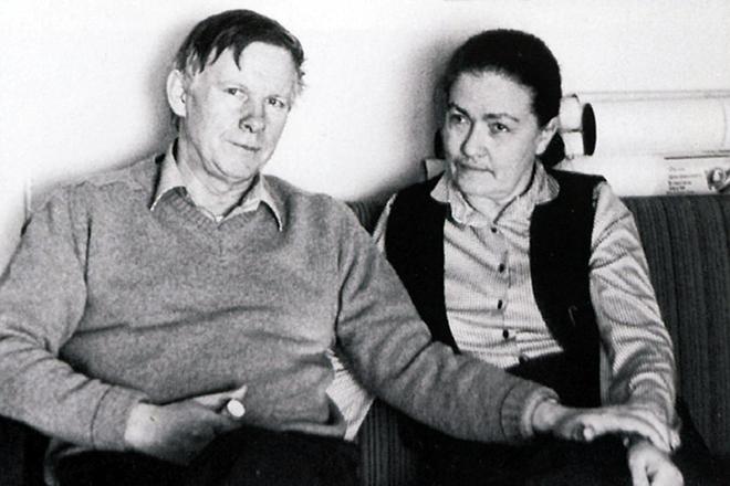 Василь Быков с женой Ириной