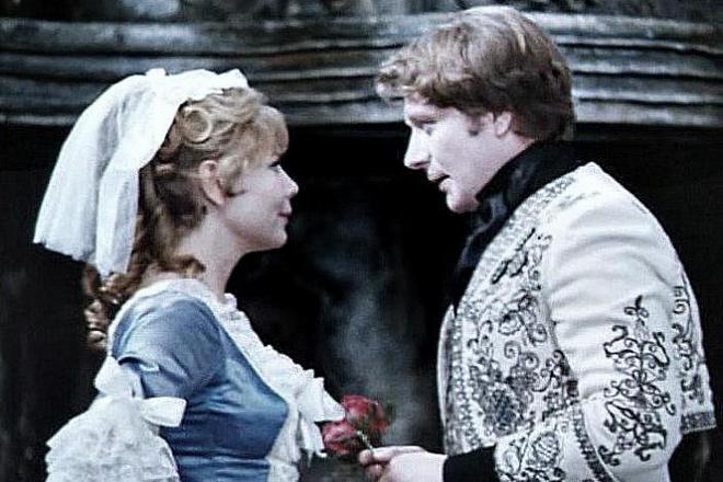 Нина Корниенко и Андрей Миронов в спектакле «Безумный день, или Женитьба Фигаро»