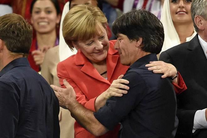 Йоахим Лёв и Ангела Меркель