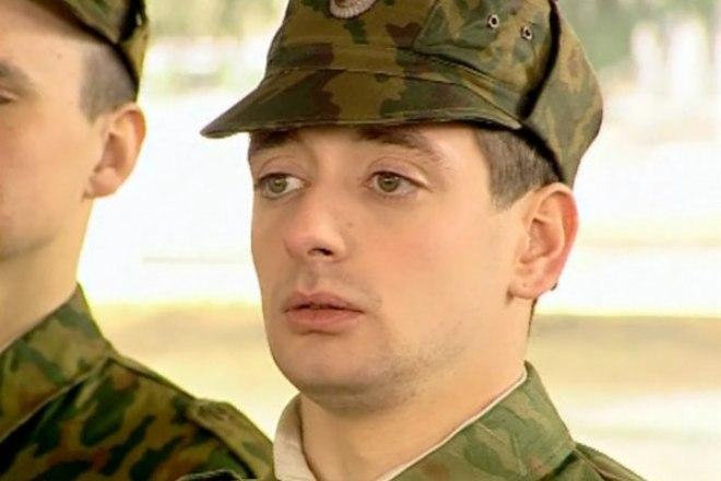 Антон Эльдаров в сериале «Солдаты»
