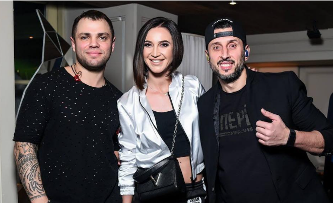Ольга Бузова с участниками группы « Градусы»