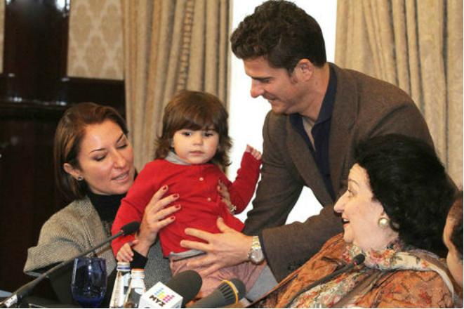 Монсеррат Кабалье с семьей