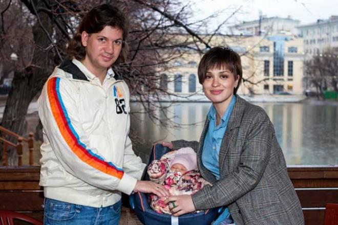 Ирина Муромцева с мужем и дочкой