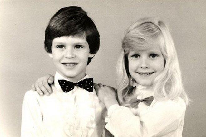 Елена Дементьева в детстве с братом Всеволодом