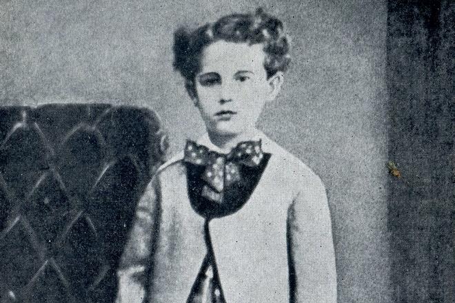 Ги де Мопассан в детстве