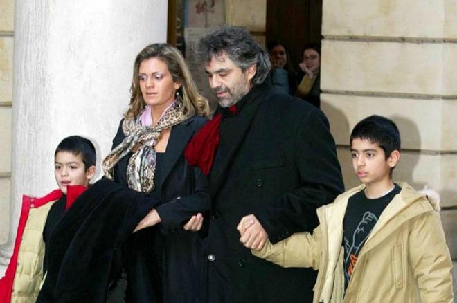 Андреа Бочелли с первой женой