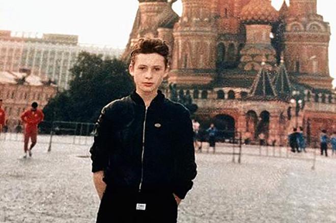 Никто не знает, кто он. Скрытный Саша Медведев по прозвищу Шура
