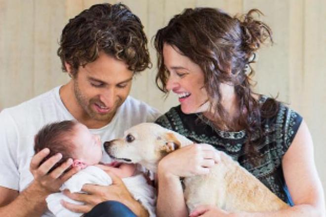 Робин Танни с мужем и сыном