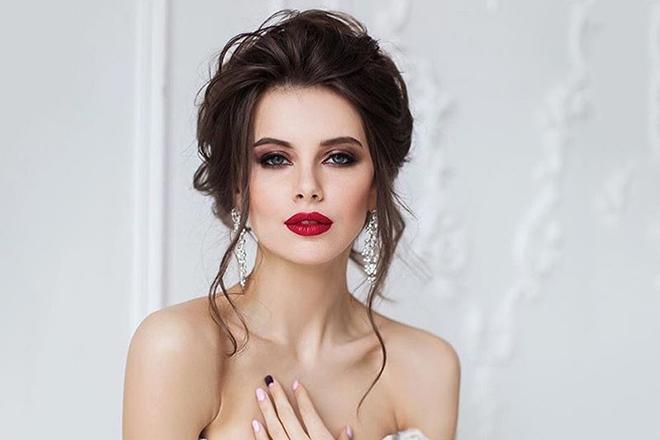Актриса Ольга Ломакина
