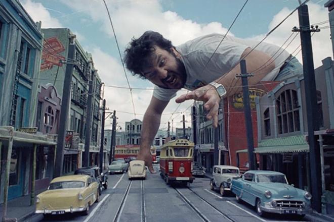 Питер Джексон на съёмках фильма «Живая мертвечина»