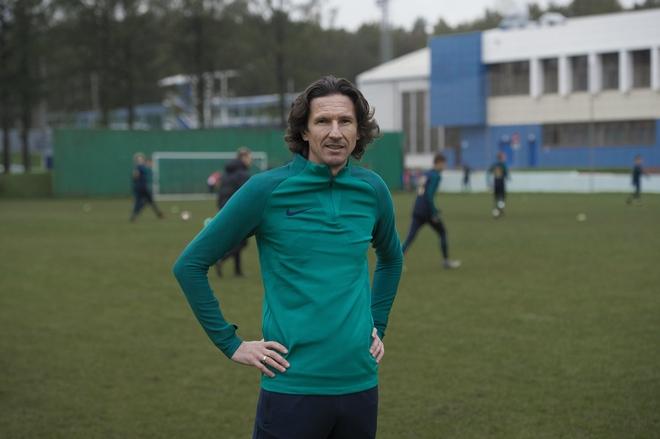 Футболист Алексей Смертин