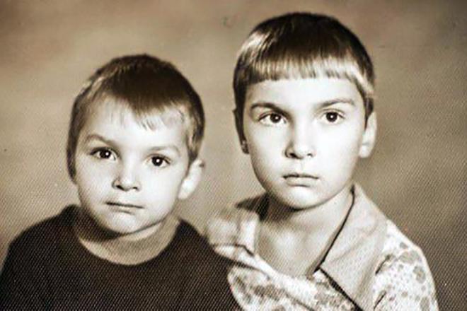 Михаил Горшенев и Алексей Горшенев в детстве