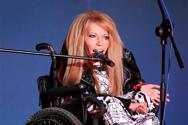 Юлия Самойлова на сцене