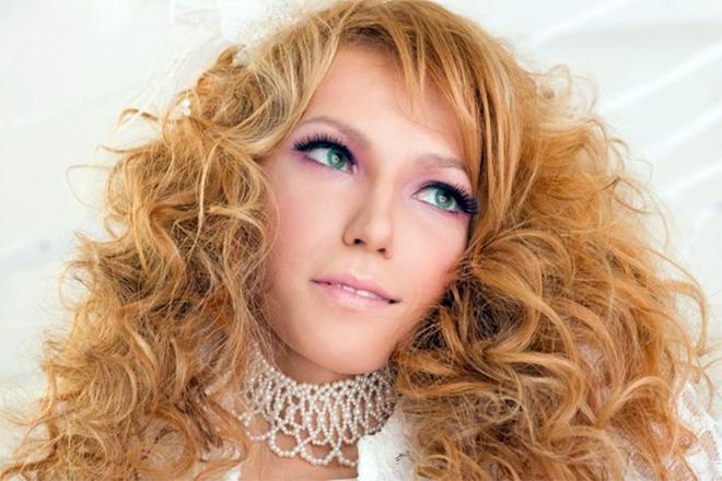 Юлия Самойлова обладает красивым голосом