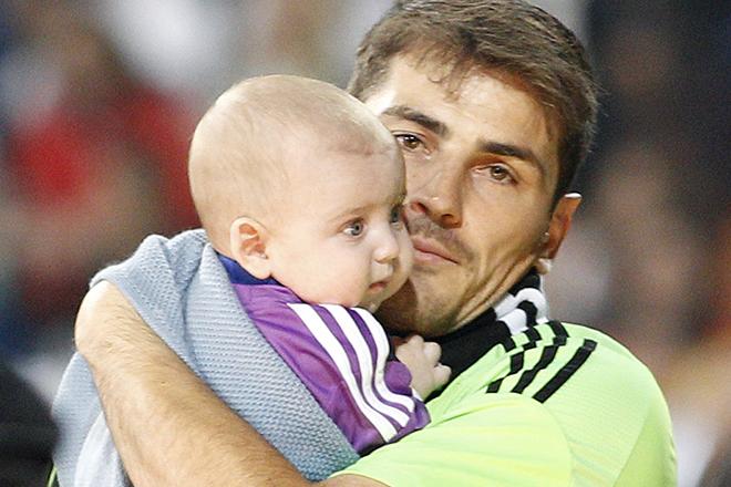 Икер Касильяс с сыном