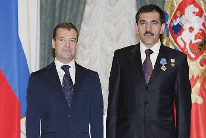 Юнус-бек Евкуров и Дмитрий Медведев