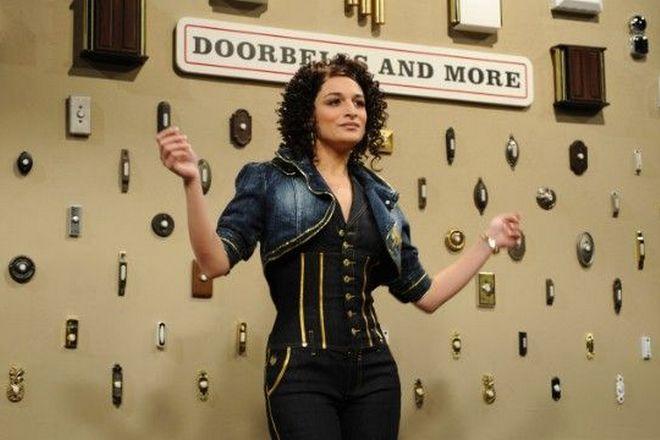 Дженни Слейт в шоу «Saturday Night Live»