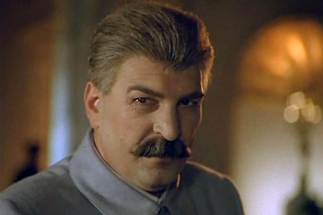 Алексей Петренко в роли Сталина