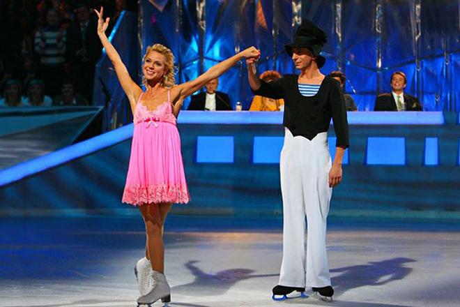 Михаил Зеленский и Елена Грушина в шоу «Танцы на льду»