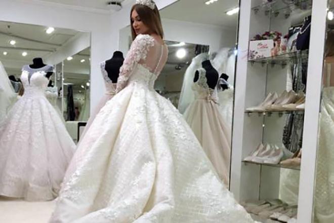 Евгения Феофилактова в свадебном платье