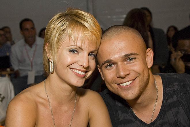 Мина Сувари с бывшим мужем