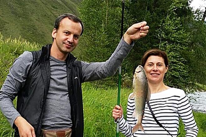 Аркадий Дворкович с женой