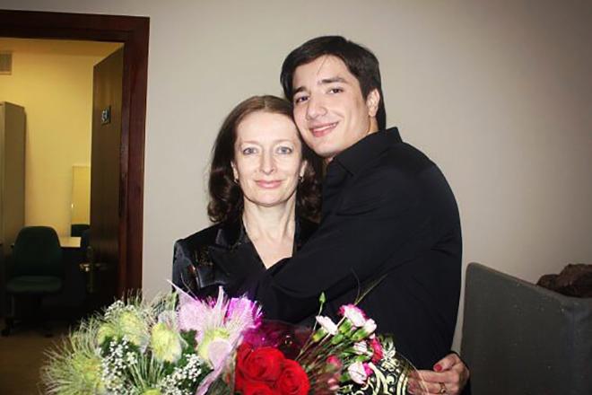 Селим Алахяров и его мама