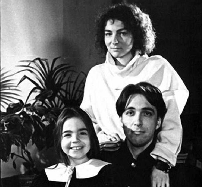 Сергей Курехин с женой и дочерью