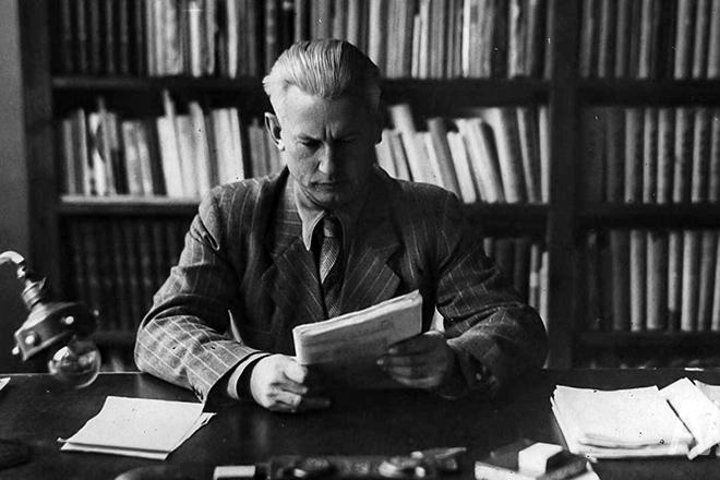 Писатель Александр Фадеев