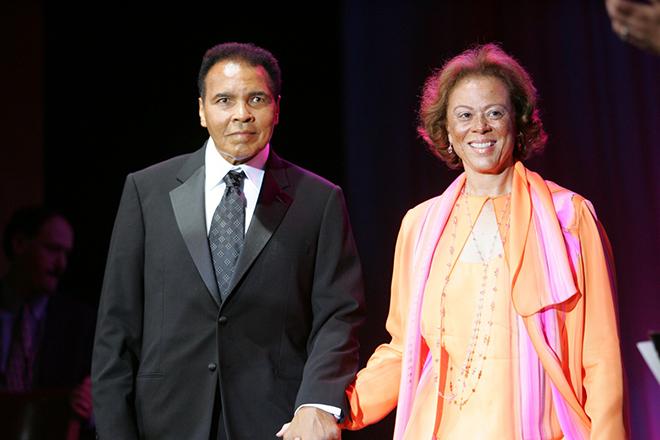 Мухаммед Али с женой