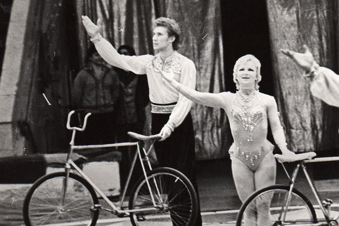 Игорь Жижикин на арене цирка