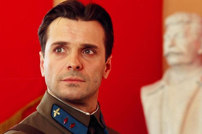 Сергей Астахов в роли Королева