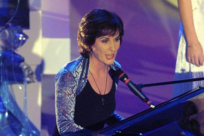 Эния на сцене