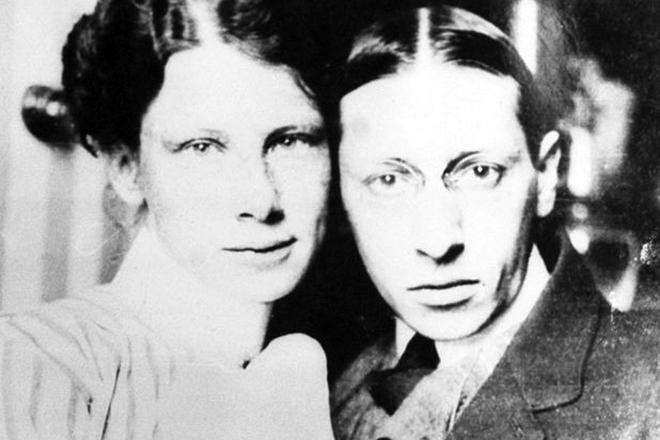 Игорь Стравинский с первой женой Екатериной Носенко