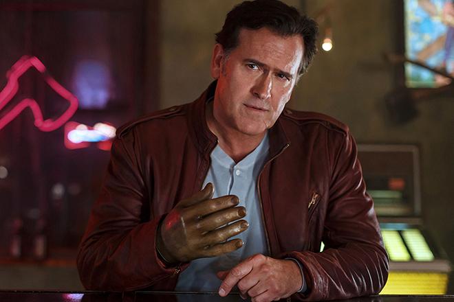 Брюс Кэмпбелл в сериале «Эш против зловещих мертвецов»
