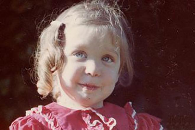 Нина Хартли в детстве