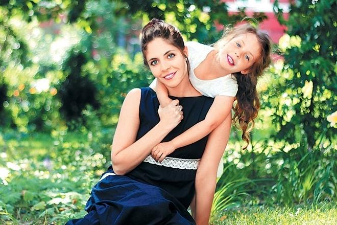 Анна Нахапетова и ее дочь Полина