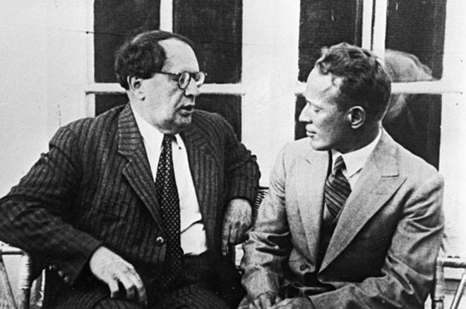 Алексей Толстой и Михаил Шолохов