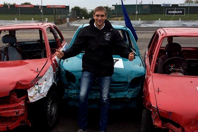 Разбитые машины Виталия Петрова